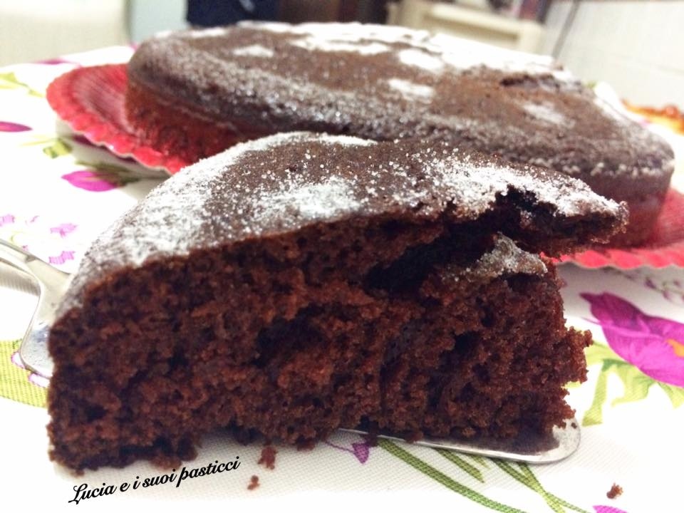 Torta cioccolatosa senza lievito