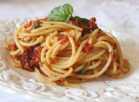 Spaghetti con i pomodorini secchi