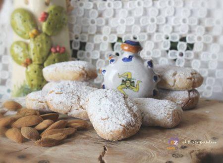 Paste di mandorla ( ricetta tipica  siciliana)