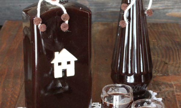 Liquore al cacao e cannella