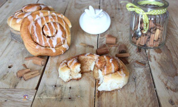 Girelle alla cannella ( Cinnamon roll )