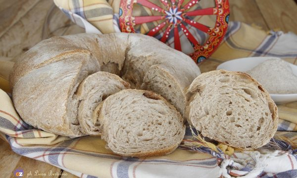 Torciglione di pane con farina integrale