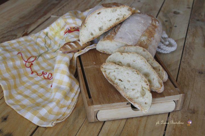 Pane con kefir e lievito madre