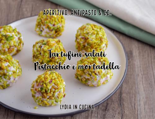 Tartufini salati al pistacchio e mortadella