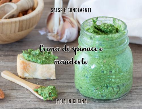 Crema di spinaci e mandorle, ricetta facilissima