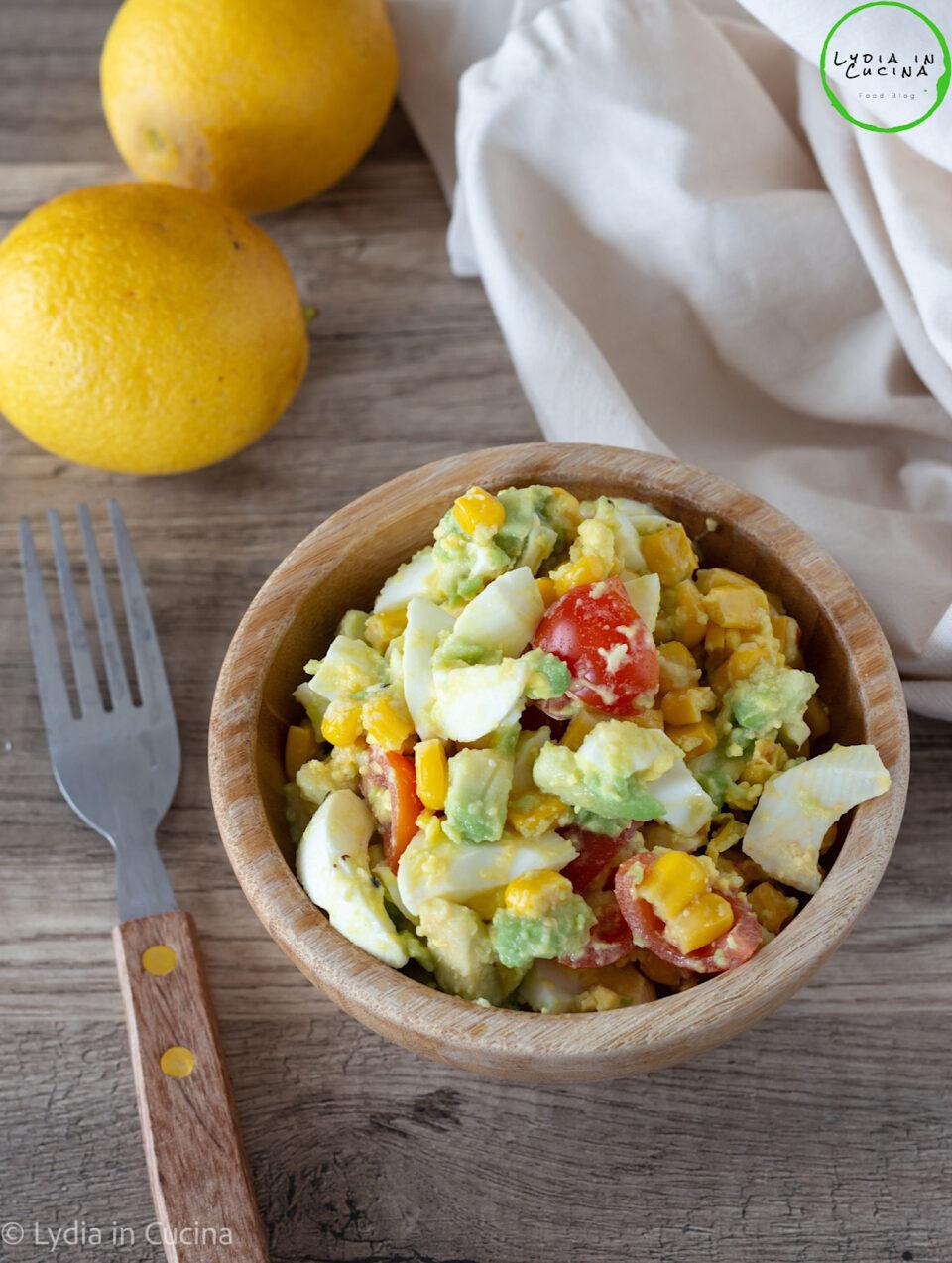 insalata di uova e avocado