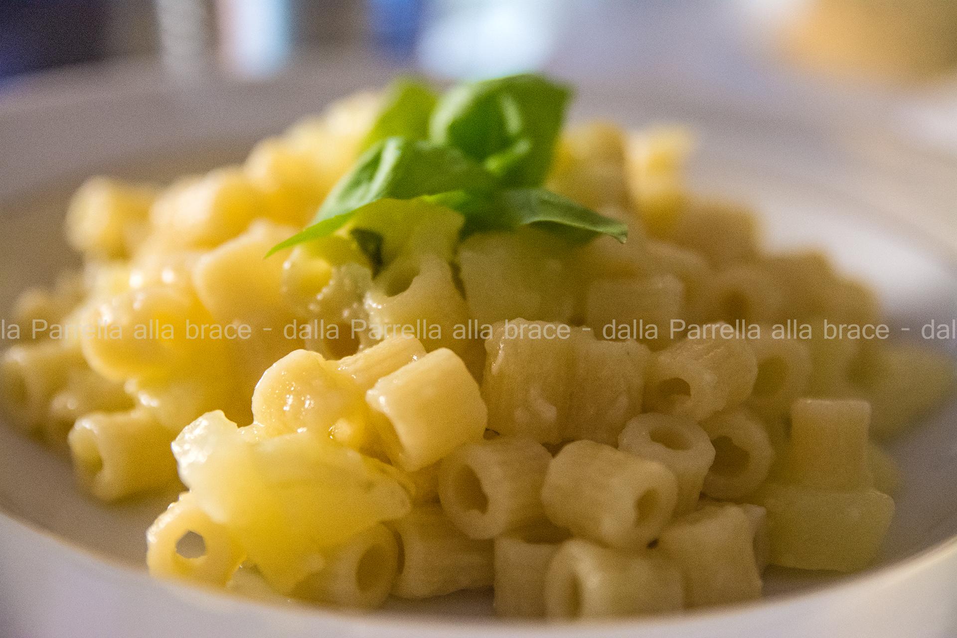 Insalata calda di pasta e patate