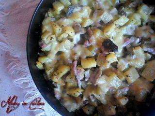 patate filanti funghi e pancetta