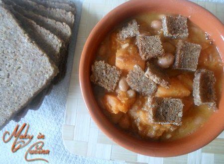 Zuppa zucca e fagioli