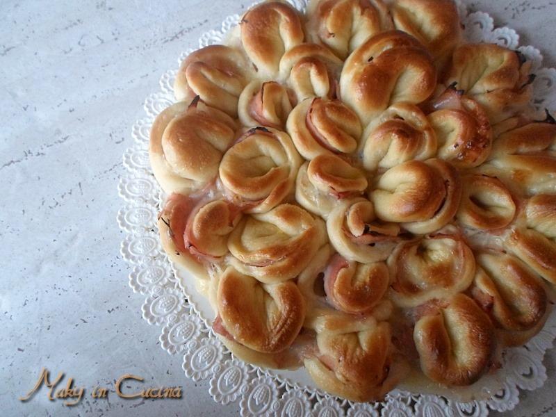 Pan brioche crisantemo-Maky in Cucina