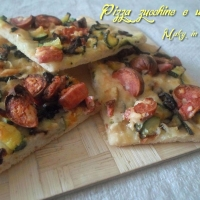 Pizza zucchine e wurstel