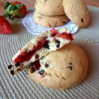 Cookies ripieni alle fragole