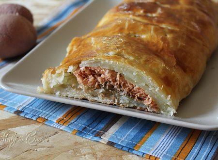 Salmone e patate in crosta di sfoglia