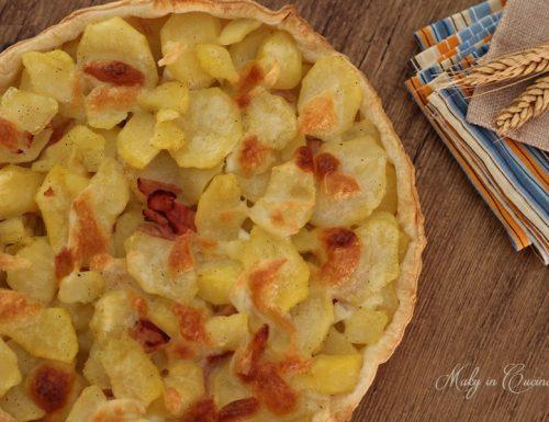 Torta salata patate e pancetta
