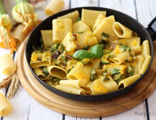 Paccheri zucchine crema di pecorino e zafferano