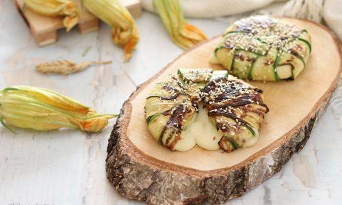 Tomini in crosta di zucchine e sesamo