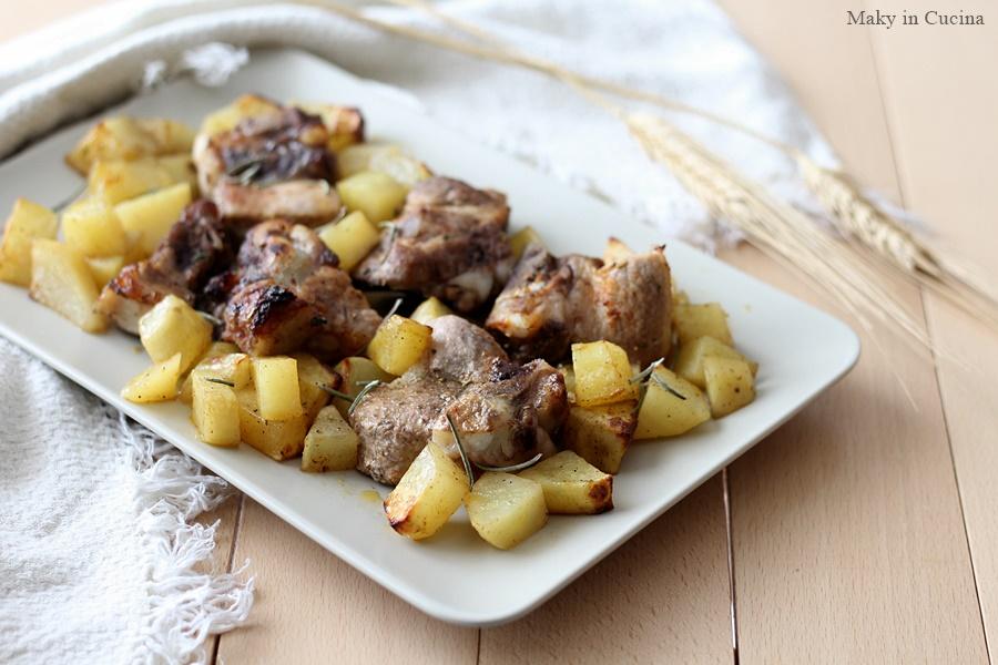 Costine al forno con patate (1)