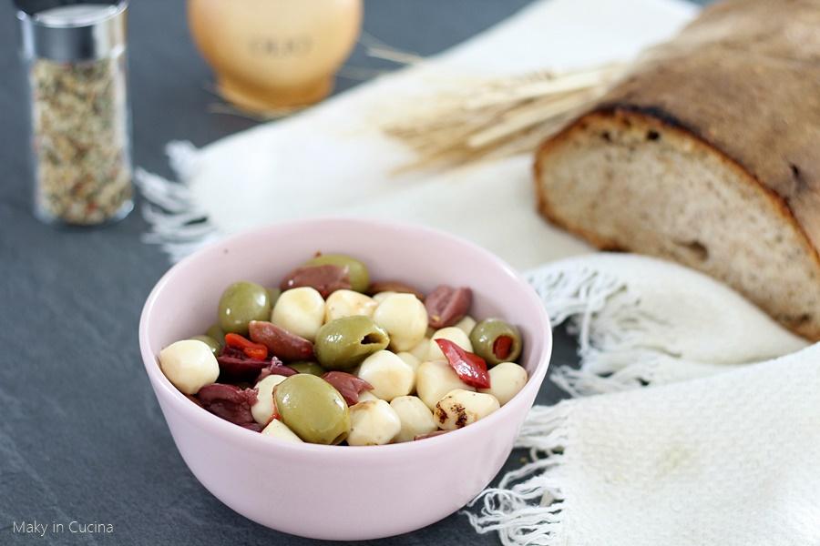 Olive con provoline