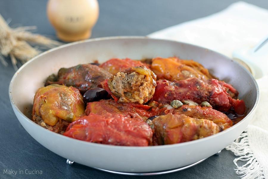 Involtini di peperoni con carne e ricotta