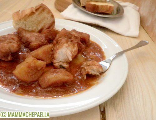 Coda di rospo stufata con patate, ricetta catalana (Suquet de rap)