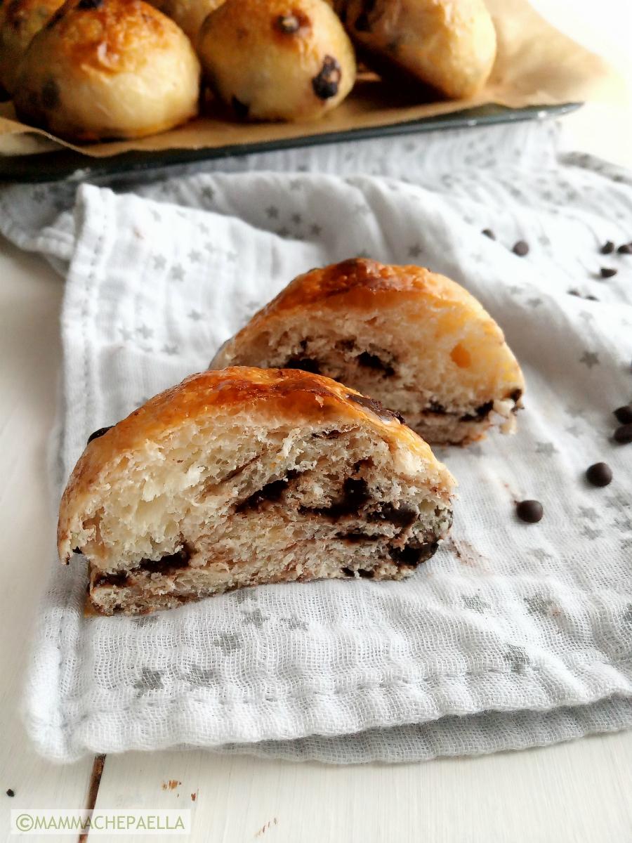 Pan cioccolato con lievito madre fatti in casa simil pangoccioli