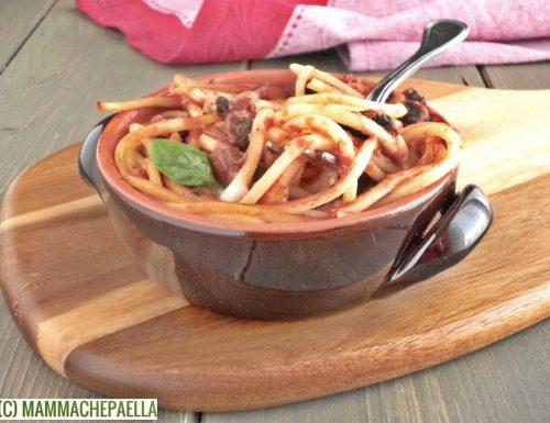 Spaghetti con sugo ai funghi al gratin