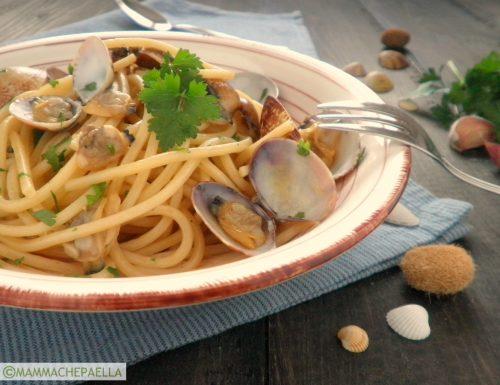 Spaghetti alle vongole veraci, semplici e gustosi
