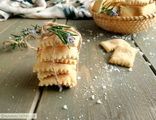 Crackers fatti in casa, ricetta con lievito madre (esuberi) ed olio e.v.o.