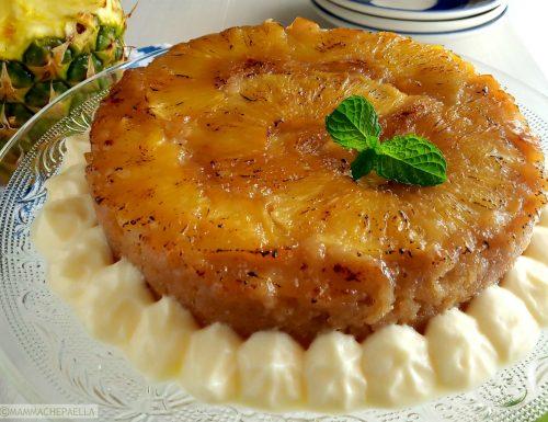 Torta rovesciata cotta in pentola a pressione, all'ananas e limone