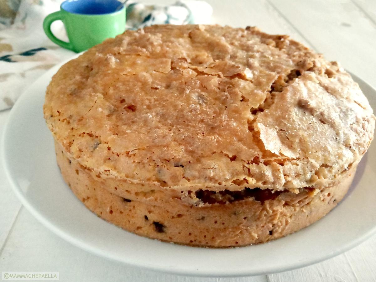 Torta con patata dolce americana, cocco e gocce di cioccolato