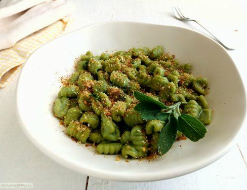 Cavatelli con olio e salvia – impasto agli spinaci fatto in casa
