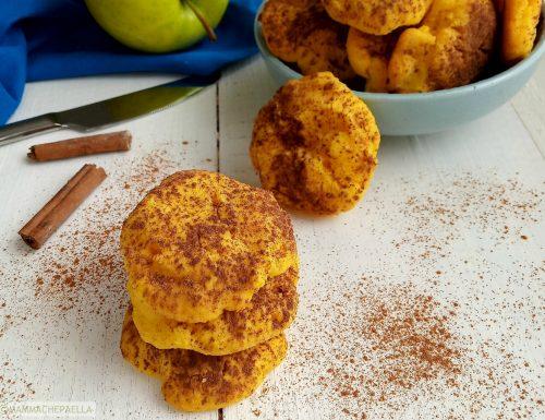 Biscotti con farina di mais e mele, morbidi e golosi