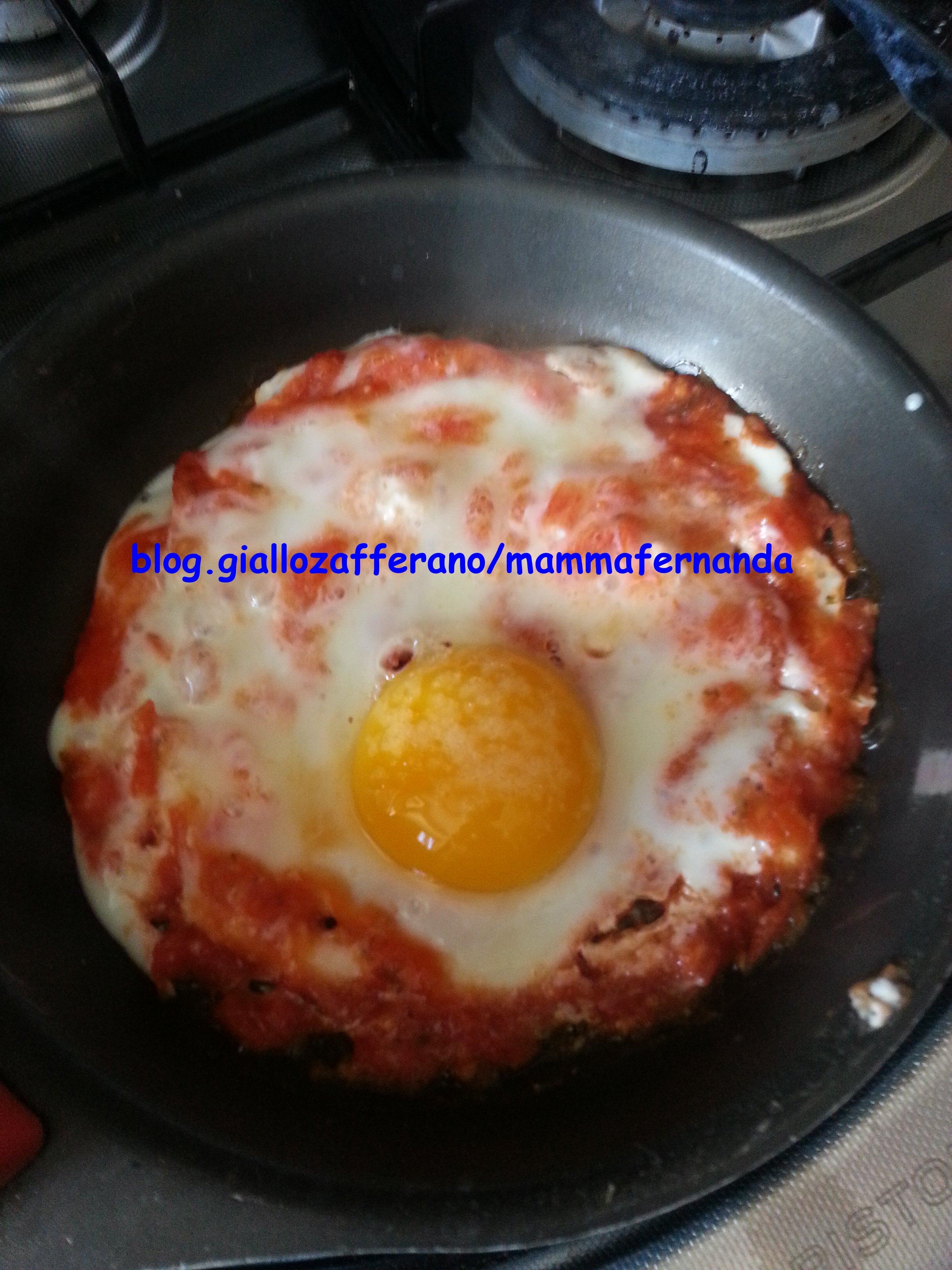 Uova al tegamino in rosso ricetta semplice ed economica for Uova di pesce rosso