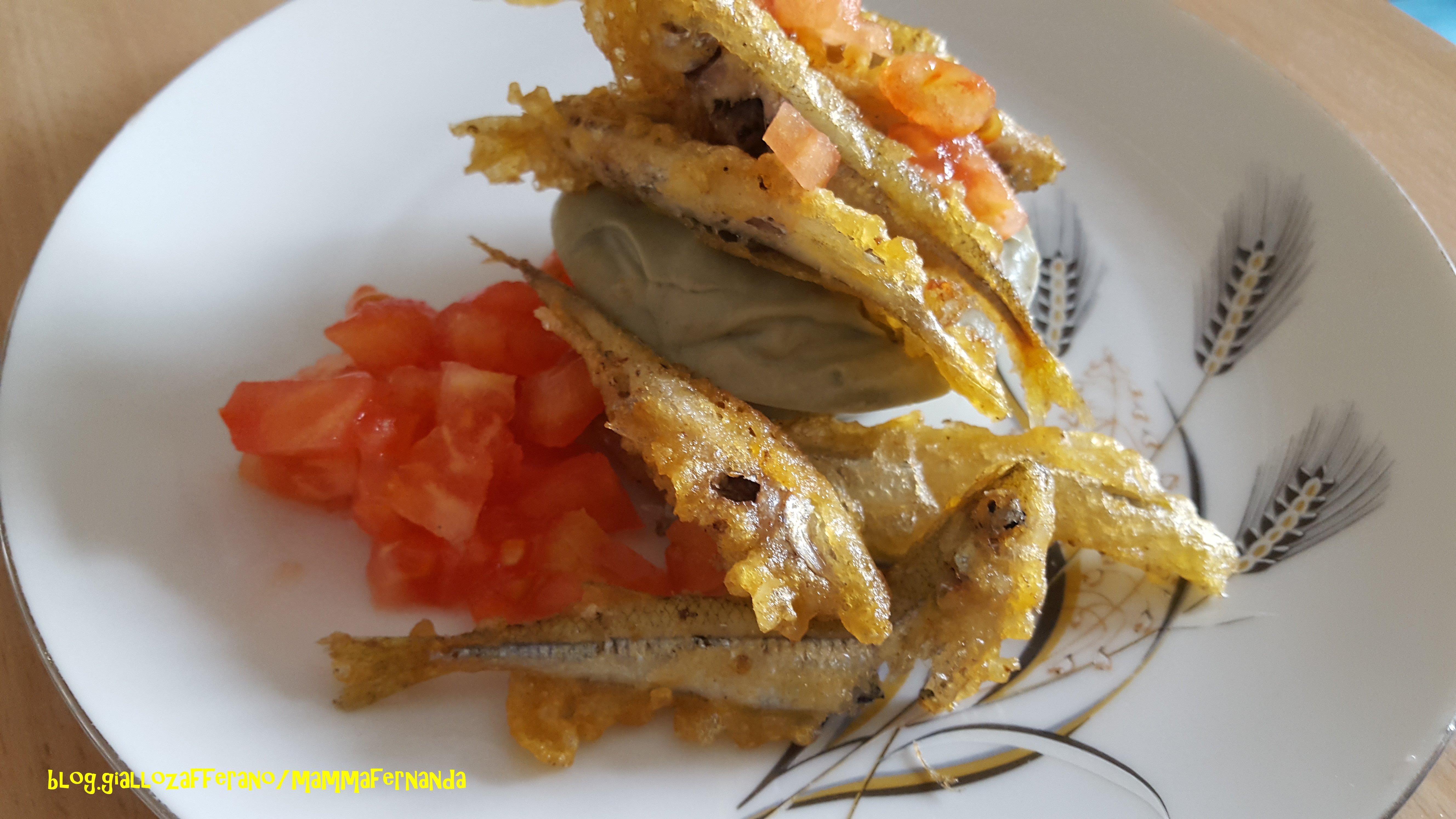 Sformatino di avocado e frittura di pesciolini