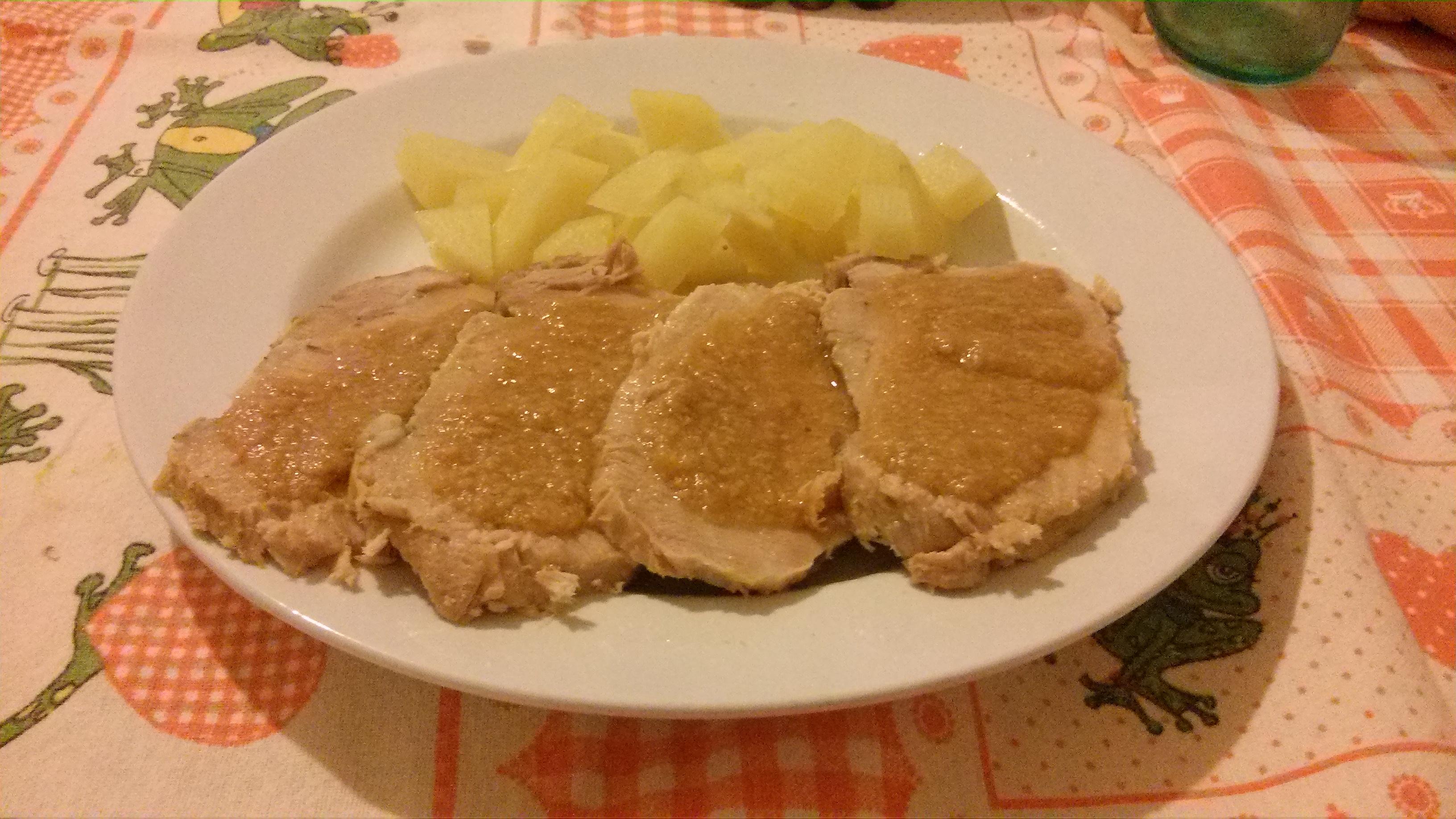 Arrosto di lonza con salsa di cipolle