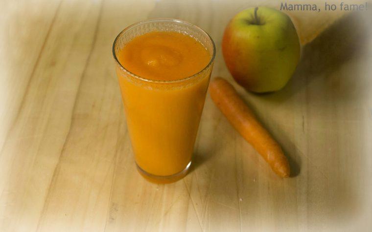 Frullato della salute con mela e carota