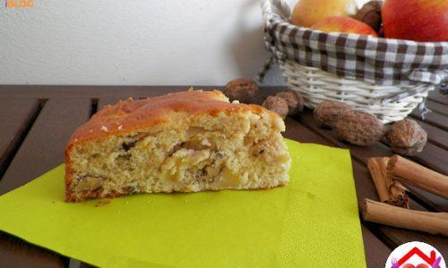 Torta di mele, noci e cannella