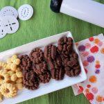 Biscotti al cacao con sparabiscotti