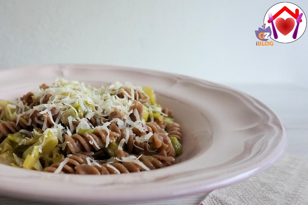 Pasta di farro con aglio porro e pecorino ricetta ed for Aglio porro