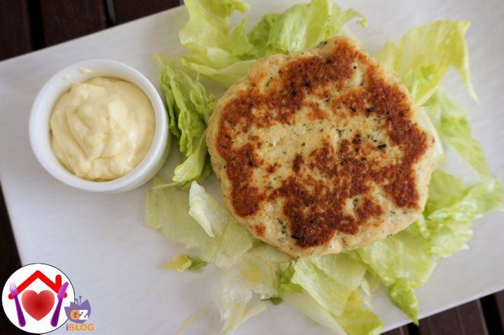 Hamburger di pollo e patate