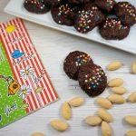 Biscotti al cacao e mandorle di soli albumi