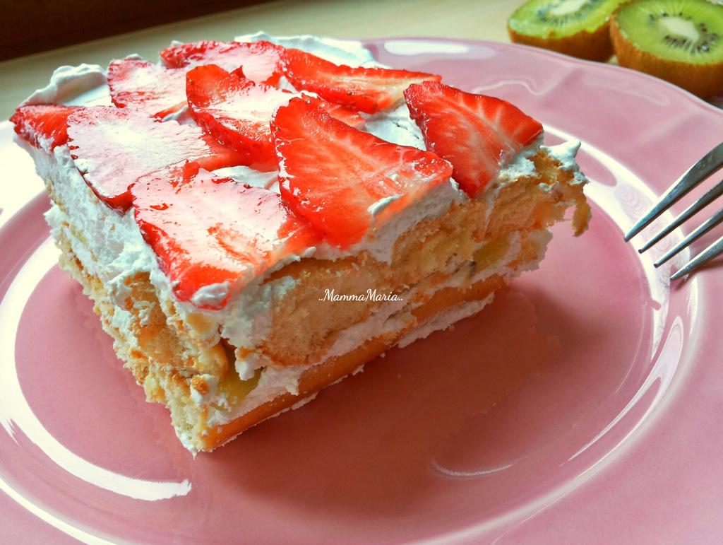 tiramisu con panna e frutta - ricetta veloce