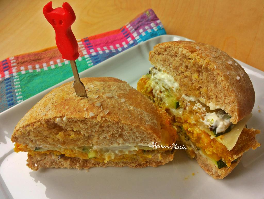 hamburger di quinoa con panino integrale