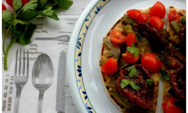 Piadina con pomodori secchi
