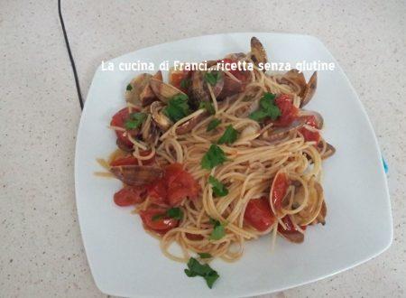 Spaghetti sg con vongole veraci e pomodori datterini