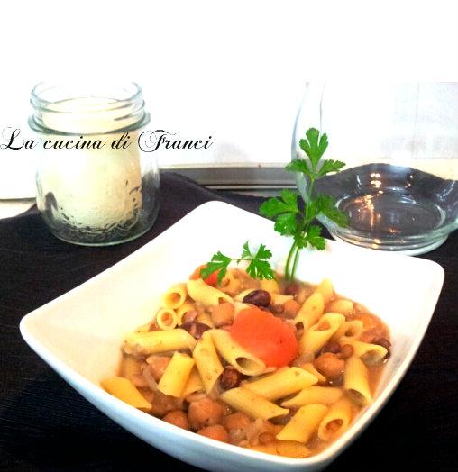 Mezze penne risottate con legumi e grano saraceno
