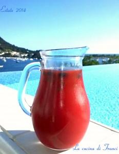 Cocktail frutti rossi,leggermente alcolico
