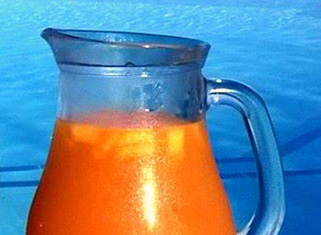 Cocktail analcolico alla frutta