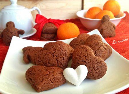 Biscotti al cacao arancia e fragole senza glutine