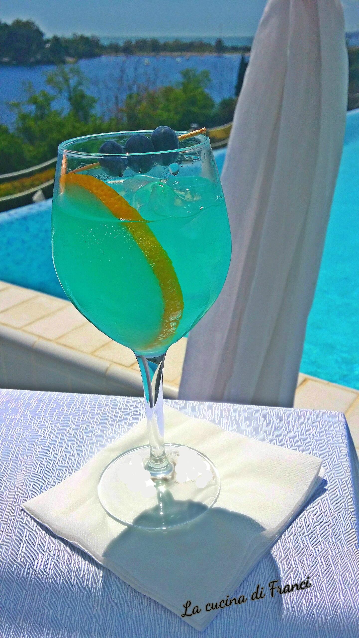 Cocktail analcolico Blueberry mirtilli e limone
